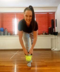 Ammattitaitoinen naprapaatti Heidi kuntouttaa tuki- ja liikuntaelinvammat